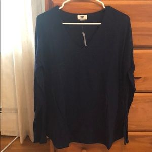 Old Navy long sleeve light weight sweater - size M